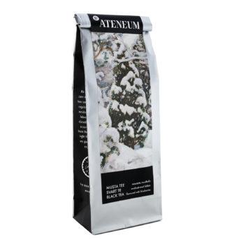 Luminen kataja musta tee, luminen kataja teoskuva hopeassa teepussissa, Ateneum-logo