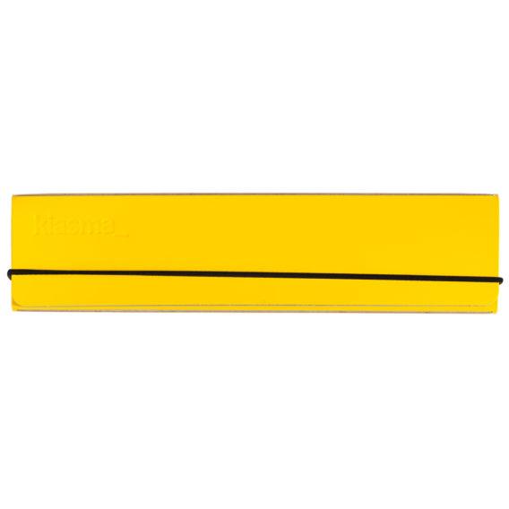 keltainen penaali, musta kuminauha
