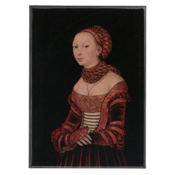 Mustalla taustalla maalattu renesanssiajan vaatetukseen pukeutunut nainen