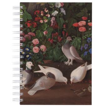 Valokuvantarkassa maaluksessa vaaleita lintuja maassa taustallaan kukkia