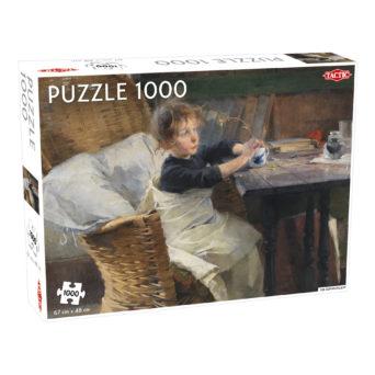Palapelin paketti, jossa kuvana korituolissa istuva, mukia käsissään pitävä tyttö pöydän ääressä
