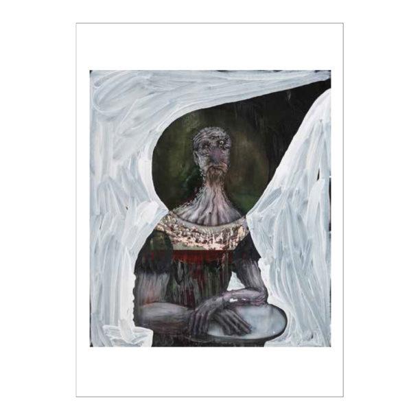 Mekkoon pukeutunut ihmismäinen kalju olento poseerausasennossa, ylävartalo rajaus, olennon pää on mustan pisaran sisällä, tausta valkoinen