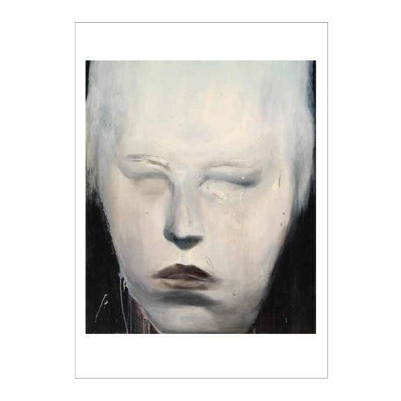 Lähikuva valkoisesta kasvoista, taista musta, kuvan ympärillä valkoiset reunat