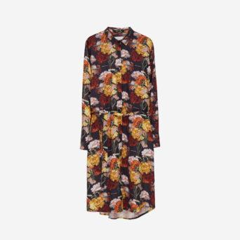 Pitkähihainen mekko kukkakuosilla