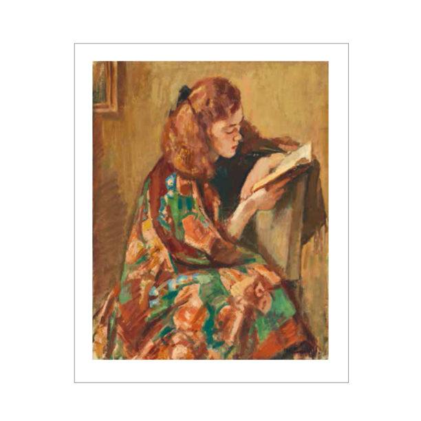Tyttö istuu kirjaa lukien