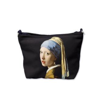 Musta meikkipussi, jossa kuva Tyttö ja helmikorvakoru -maalauksesta